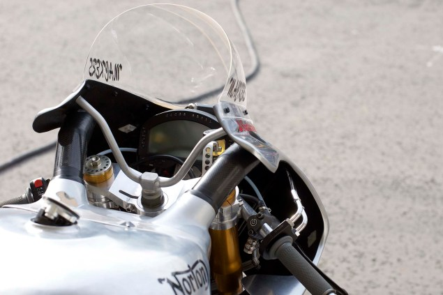 Up Close with the Norton SG1 TT Race Bike Norton SG1 Isle of Man TT 21 635x423
