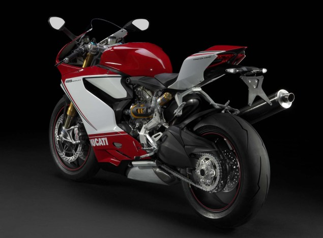 Too Loud for Japan   The Ducati 1199 Panigale Gets Ruined for the Japanese Market Ducati 1199 Panigale Japan exhaust 02 635x469