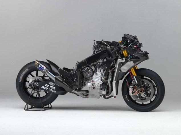 XXX: Valentino Rossis 2006 Yamaha YZR M1 Valentino Rossi 2006 Yamaha YZR M1 hi res 18 635x476