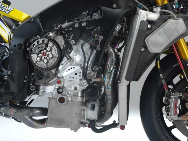 XXX: Valentino Rossis 2006 Yamaha YZR M1 Valentino Rossi 2006 Yamaha YZR M1 hi res 20 635x476
