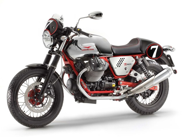 Three Moto Guzzi V7 Models Coming to America for 2013 2013 Moto Guzzi V7 Racer 635x471