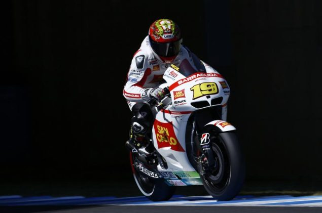 MotoGP: Alvaro Bautista Renews with San Carlo Gresini Honda for 2013   All Prototype Seats Now Accounted For alvaro bautista san carlo gresini honda motogp motegi 635x421