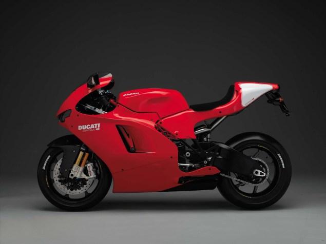 XXX: Ducati Desmosedici RR 2007 Ducati Desmosedici RR 09 635x476