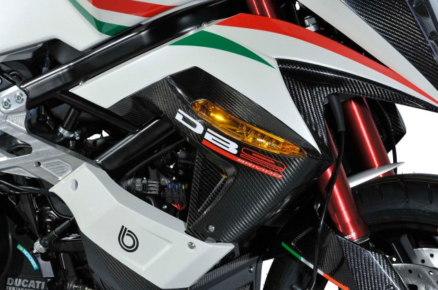 2013 Bimota DB9 Brivido Italia   Now with an Italian Flag 2013 Bimota DB9 Brivido Italia 14 635x421