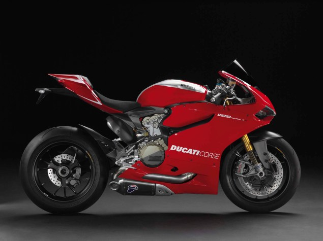 2013 Ducati 1199 Panigale R   201hp with Race Exhaust 2013 Ducati 1199 Panigle R 04 635x475