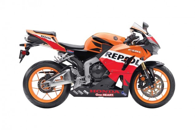 2013 Honda CBR600RR   Botox for an Aging Supersport 2013 Honda CBR600RR Repsol Edition 635x423
