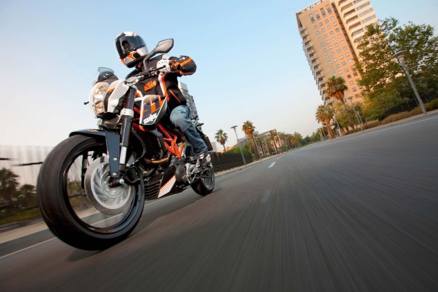 More High Res Photos of the KTM 390 Duke 2013 KTM 390 Duke high resolution 05 635x423