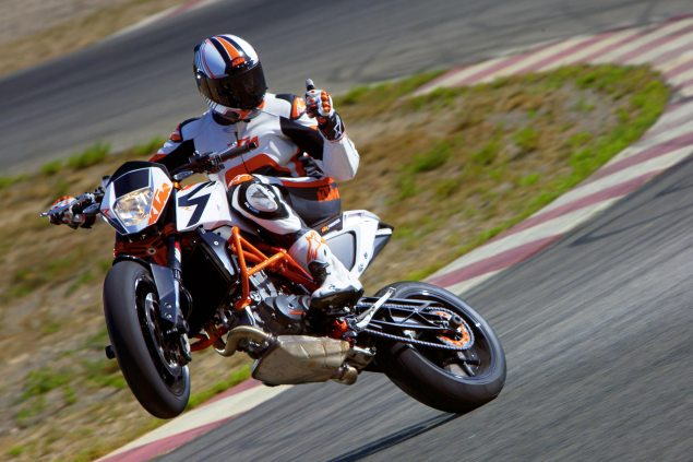 2013 KTM 690 Duke R   Please Come to America 2013 KTM 690 Duke 635x423