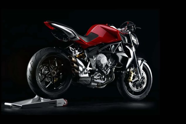 MV Agusta Brutale 800   Too Much of a Good Thing? MV Agusta Brutale 800 04 635x423