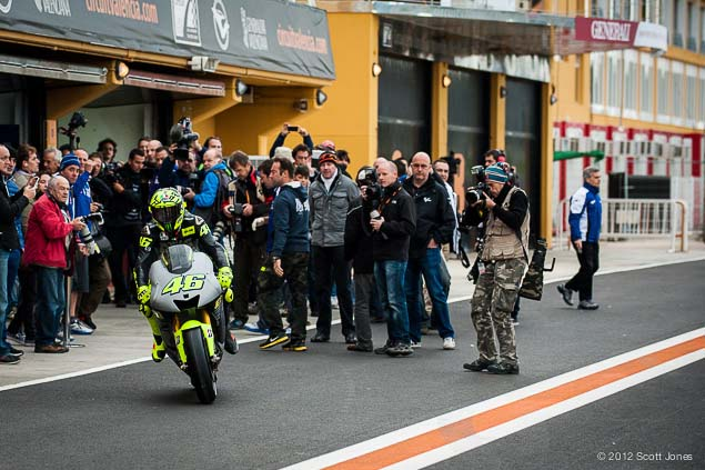 MotoGP: First Shots of Rossi Back on the Yamaha YZR M1 Valentino Rossi Valencia Test Yamaha Racing Scott Jones 01
