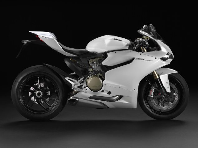 Just How Big of a Sales Hit Was the Ducati 1199 Panigale? Ducati 1199 Panigale 635x475