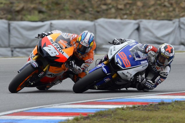 Jorge Lorenzos 2012 MotoGP Championship: A Triumph Of Consistency   Part 1 Lorenzo Pedrosa Brno corner pass MotoGP 635x423