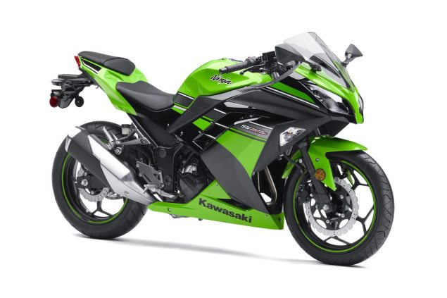 A Year in Review with Asphalt & Rubber: 2012 kawasaki ninja 300 635x423