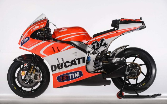 First Shots of the Ducati Desmosedici GP13 Nicky Hayden Andrea Dovizioso Ducati Desmosedici GP13 Wrooom 07 635x396