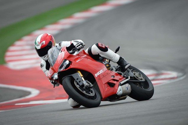 Ride Review: Ducati 1199 Panigale R Ducati 1199 Panigale R Launch COTA Jensen Beeler 01 635x422