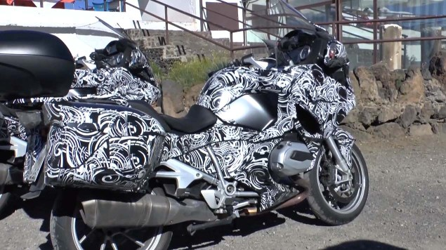 Spy Video: BMW R1200GT 2014 BMW R1200GT spy photo 03 635x356