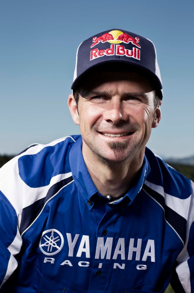 Cyril Despres Will Ride with Yamaha in the 2014 Dakar Rally Cyril Despres Yamaha Motor France 2014 Dakar Rally 11 635x959