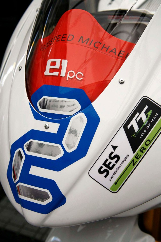 Up Close with the 2013 MotoCzysz E1pc 2013 MotoCzysz E1pc Isle of Man TT Zero 33 635x952
