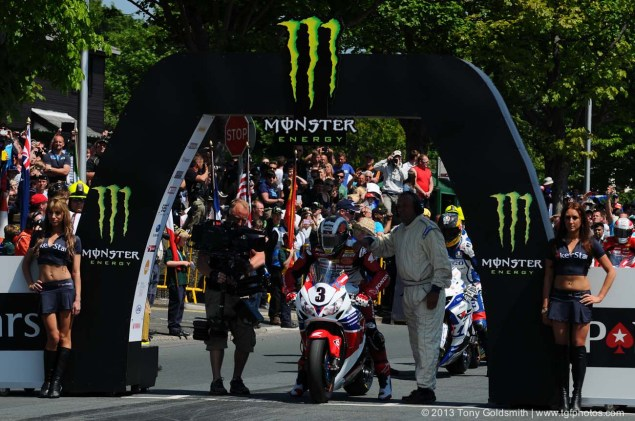 IOMTT: Braddan Bridge & Union Mills with Tony Goldsmith Braddan Bridge Union Mills 2013 Isle of Man TT Tony Goldsmith 04 635x421