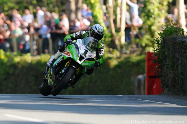 IOMTT: Braddan Bridge & Union Mills with Tony Goldsmith Braddan Bridge Union Mills 2013 Isle of Man TT Tony Goldsmith 06 635x421