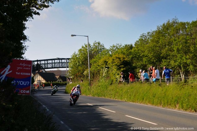 IOMTT: Braddan Bridge & Union Mills with Tony Goldsmith Braddan Bridge Union Mills 2013 Isle of Man TT Tony Goldsmith 09 635x421