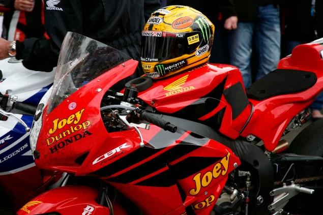 Photos: John McGuinness in Joey Dunlops Honda Livery John McGuinness Joey Dunlop Honda livery IOMTT Richard Mushet 01 635x423
