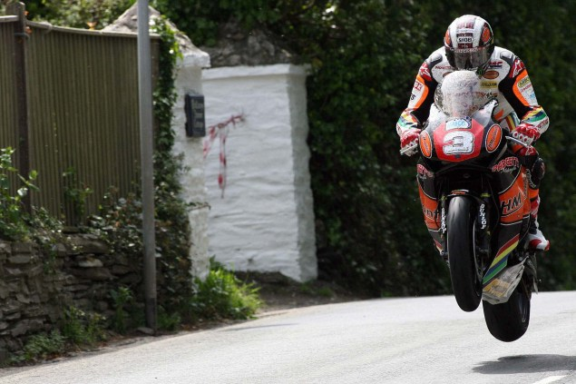 IOMTT: Ballaugh & Ballacrye with Richard Mushet Supersport Superstock Ballaugh Ballacrye Isle of Man TT Richard Mushet 11 635x423