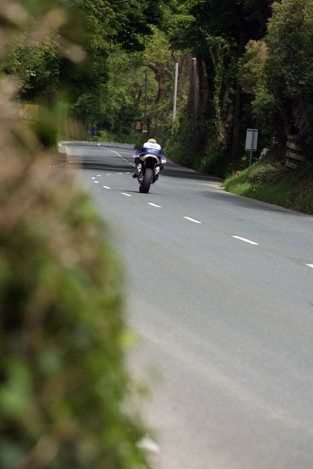 IOMTT: Ballaugh & Ballacrye with Richard Mushet Supersport Superstock Ballaugh Ballacrye Isle of Man TT Richard Mushet 16 635x952