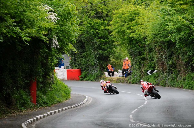 IOMTT: Glentramman & Hillberry with Tony Goldsmith Supersport Superstock race Isle of Man TT Tony Goldsmith 02 635x421