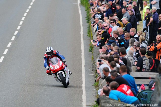 IOMTT: Glentramman & Hillberry with Tony Goldsmith Supersport Superstock race Isle of Man TT Tony Goldsmith 05 635x421