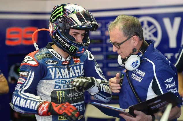 Sunday Summary at Catalunya: Of Boring Perfect, Weird Strength, & Yamahas Fuel Tank jorge lorenzo wilco zeelenberg yamaha racing motogp catalunya 635x422