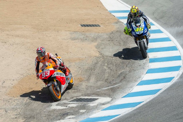 Photos: Marc Marquez Passing Valentino Rossi in The Corkscrew at Laguna Seca Marc Marquez Valentino Rossi Laguna Seca Corkscrew Pass Kevin Warren 5 635x423