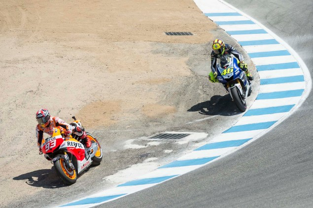 Photos: Marc Marquez Passing Valentino Rossi in The Corkscrew at Laguna Seca Marc Marquez Valentino Rossi Laguna Seca Corkscrew Pass Kevin Warren 6 635x423