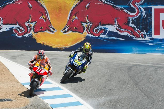 Photos: Marc Marquez Passing Valentino Rossi in The Corkscrew at Laguna Seca Valentino Rossi Marc Marquez Laguna Seca Corkscrew Pass Kevin Warren 635x423