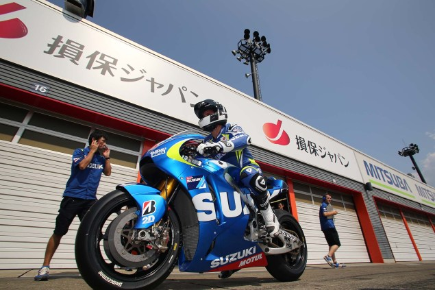 Photos: Suzuki MotoGP Team Testing at Motegi with RdP Suzuki Racing MotoGP Motegi test 11 635x423