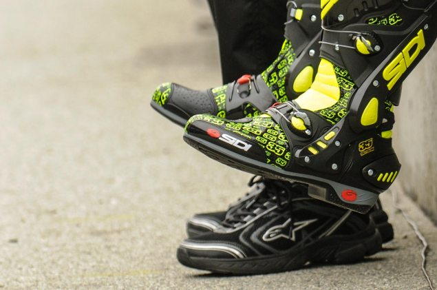 MotoGP: Cal Crutchlow to Ducati Corse cal feet 635x421