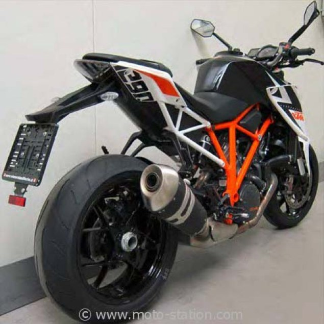 Say Hello to the 2014 KTM Super Duke 1290 R 2014 KTM Super Duke 1290 R teaser 01