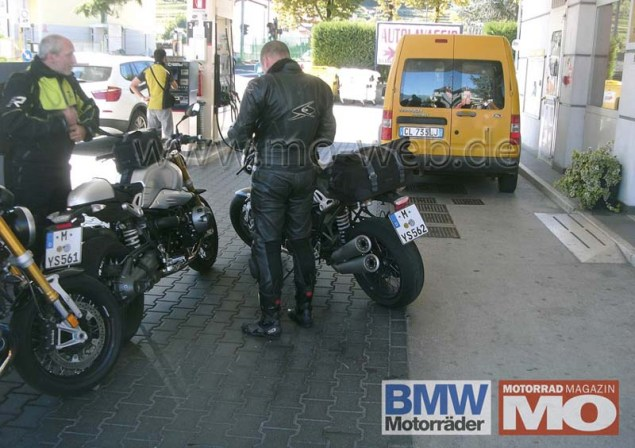 Spy Shots: BMW NineT Spotted in the Wild BMW NineT roadster spy photo 02 635x448