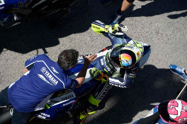 Valentino-Rossi-Misano-Helmet-wish-you-were-here-04