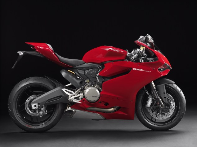 2014 Ducati 899 Panigale Breaks Cover image27 635x475