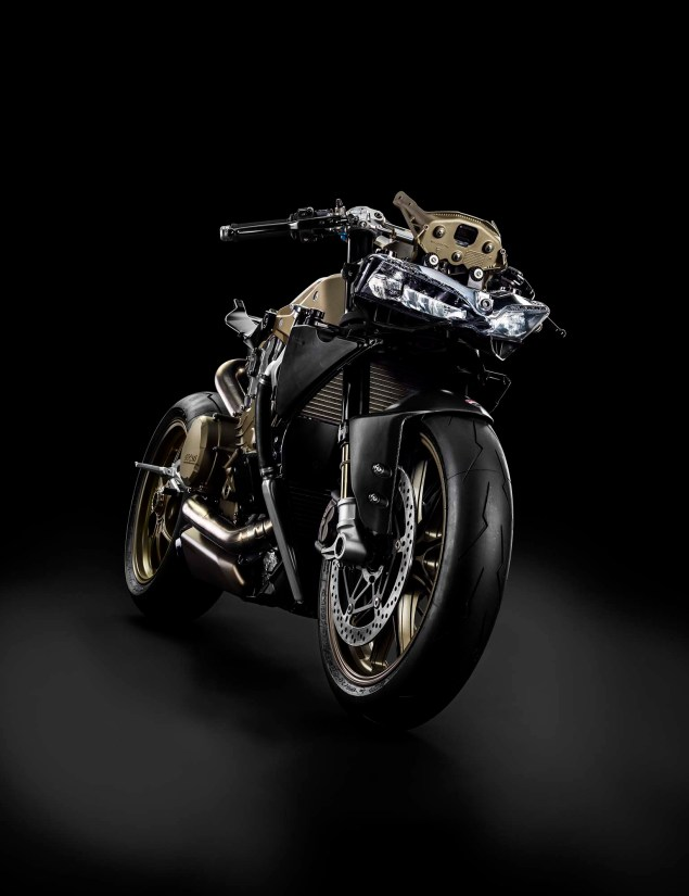 Officially Official: Ducati 1199 Superleggera 2014 Ducati 1199 Superleggera studio 32 635x825