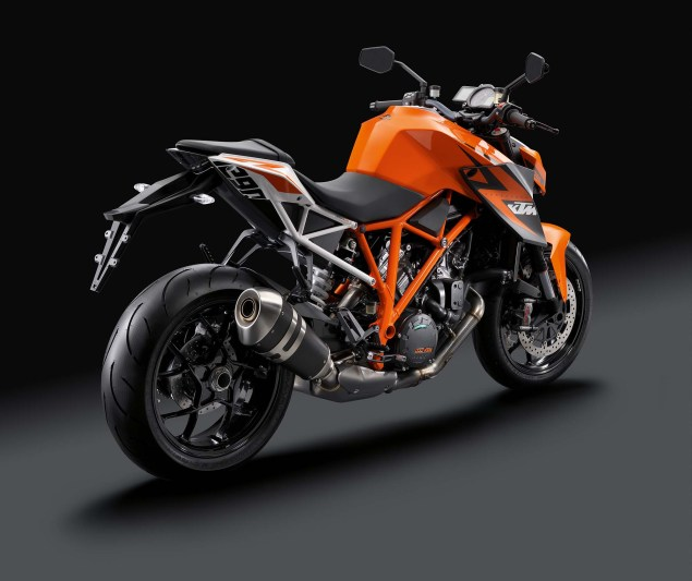 38 Hi Res Photos of the KTM 1290 Super Duke R 2014 KTM 1290 Super Duke R 17 635x533