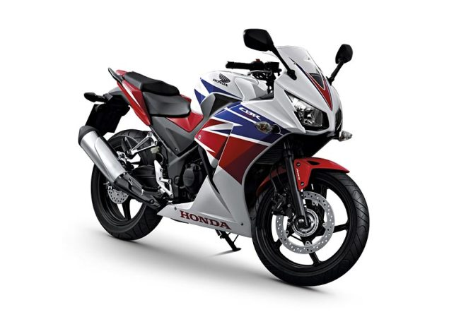 2014 Honda CBR300R Breaks Cover in China 2014 honda cbr300r abs