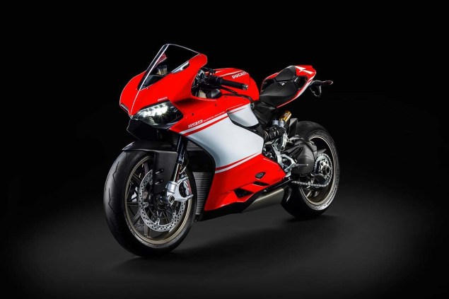 Even More Leaked Photos of the Ducati 1199 SuperLeggera Ducati 1199 Superleggera photo leak 06