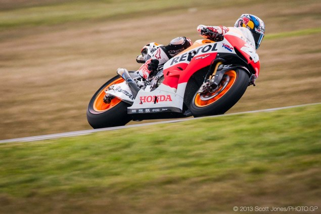 Sunday-Phillip-Island-Australian-GP-MotoGP-2013-Scott-Jones-14