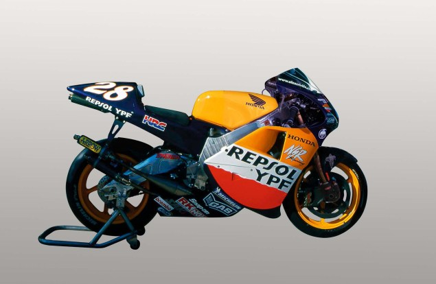The Lineage of Hondas Grand Prix Motorcycles 2001 Honda NSR500 Alex Criville 635x414