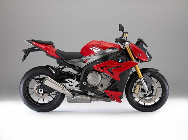 2014 BMW S1000R   160hp, ABS, & Optional DTC & DDC 2014 BMW S1000R studio 03 635x476