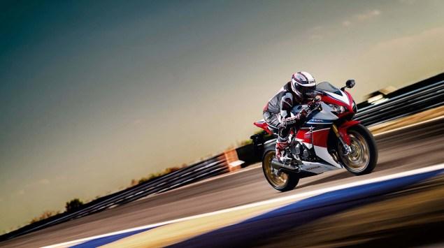 2014 Honda CBR1000RR SP   A Better Fireblade 2014 Honda CBR1000RR SP 15 635x355