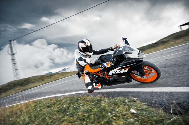 2014 KTM RC200 & KTM RC125    The More the Merrier 2014 KTM RC200 action 16 635x422