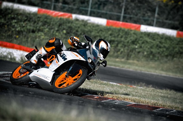 Officially Official: 2014 KTM RC390 2014 KTM RC390 12 635x422